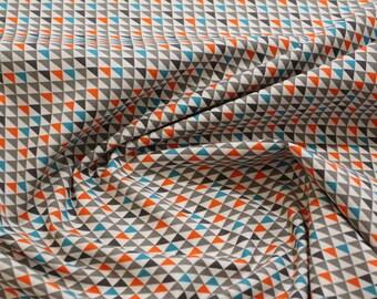 Printed cotton poplin, grey, blue and orange triangles X 50 cm cut