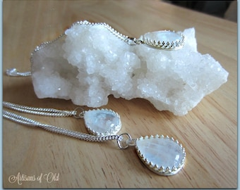 Rainbow Moonstone Teardrop Pendant, Mothers Day Gift, Sterling Silver Setting and Chain, Gift for Women