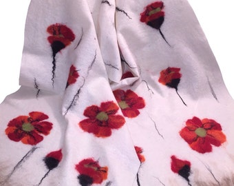 White shawl with poppies