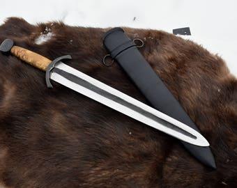 Barrowblade style hand forged and sharpened battle ready shortsword.