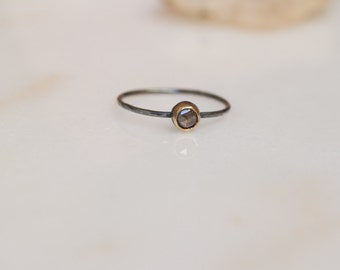 Minimal mixed metal gray diamond ring (conflict-free)