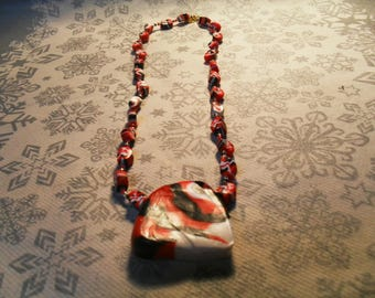 beautiful pendant necklace, original, stylish, trendy summer (black, white and red)