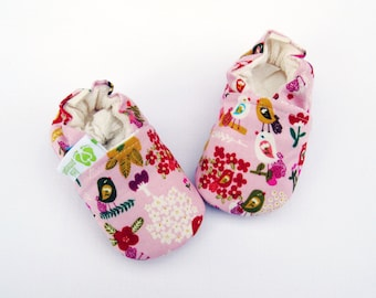 Organic Vegan Petite Fleur in Pink / All Fabric Soft Sole Shoes / Made to Order / Babies