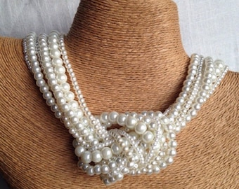 Chunky pearl necklace, knotted pearl necklace, ivory pearl bridesmaids necklace, pearl necklace, bride necklace, statement necklace, pearls