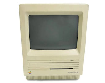 Apple Macintosh SE Model M5011 Vintage Compact Personal Computer