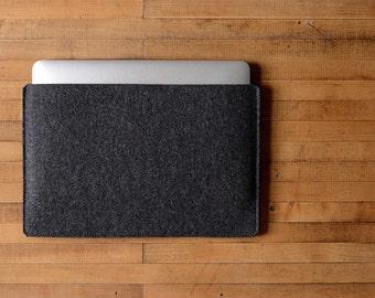 """Simple MacBook Air / MacBook Sleeve - Charcoal Felt - Long Side Opening for 11"""" MacBook Air, 13"""" MacBook Air or 12"""" MacBook"""