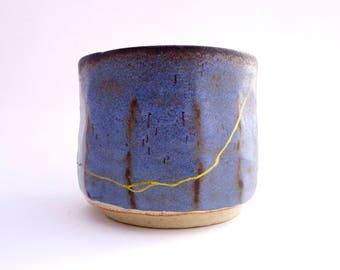 Kintsugi Pottery - Kintsukuroi Tea Bowl w/ Traditional Kintsugi Repair- Japanese Handmade Wabi Sabi Ceramic- Kintsugi Bowl Blue