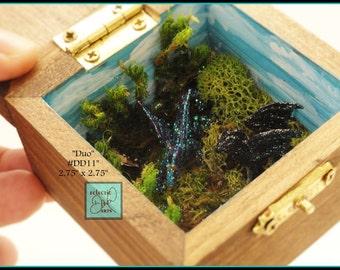 "Two Mini Dragons Miniature Diorama Box, DD11 ""Duo"""