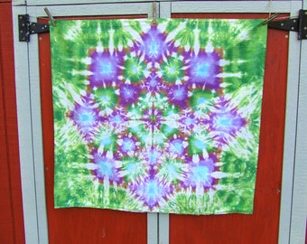 Lotus Blossom Mandala Tie Dye Tapestry - Forest Snowflake -  36in x 32in - Medium weight cotton