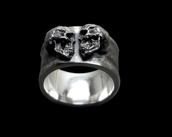 Skull engagement Ring - Sterling Silver Dark Gothic Skull Engagement Ring - Ethernal Lovers - Inspired by Lovers Of Valdaro - ALL SIZES