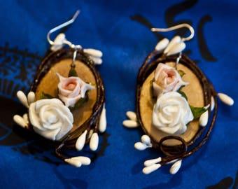 Pair of floral earrings
