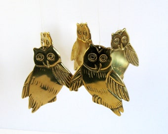 Vintage Brass Owl Mobile - Hanging Brass Owl Wind Chimes - Brass Home Decor - Garden Decor - Front Porch Musical Chimes - Graduation Gift