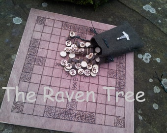 Hnefatafl - Handmade viking game board and pieces