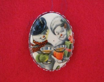 Cuddly Mr. & Mrs. Snow Man Vintage 40's Pin For Christmas To New Years, Winter Weddings, Christmas Parties, Ice Festivals