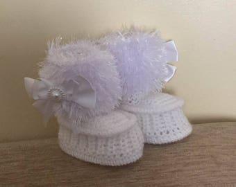 "Baby Knitting Patterns ""Snowboots"" Booties sizes Newborn, 0-3mths"