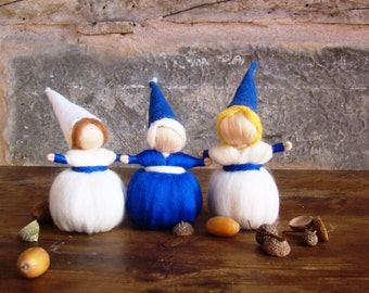 felted christmas gnomes, winter nature table, waldorf story dolls, king winter elves, wool steiner gnomes, christmas stocking stuffer elves