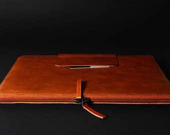"""New iPad Pro 10.5/ iPad Pro 12.9"""" / iPad Pro 9.7"""" leather sleeve slim fit padded wool felt lining iPad leather sleeve case Apple Pencil slot"""