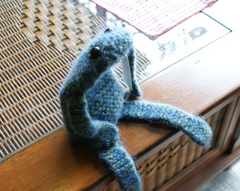 Gertie felted frog
