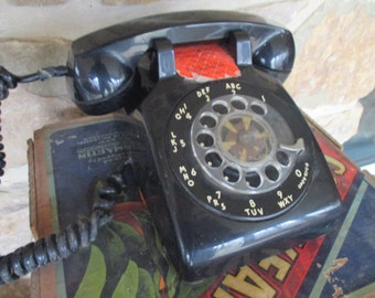 Vintage ITT Desk Telephone - 1970s - Classic Black - As Is - Free Shipping