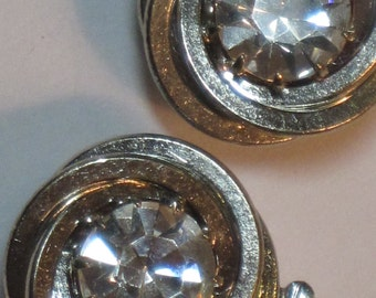 Clasp Large Clear Rhinestone Silvertone Round One-Strand Czech