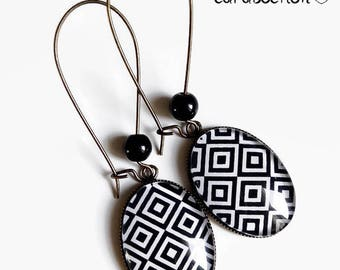 Earrings * black and white geometry * square diamond geometric black and white glass cabochon