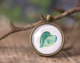 Plant necklace, leaf necklace, plant lovers gift, gift for women, gift for mom, birthday gift, nature necklace, green necklace, leaf jewelry