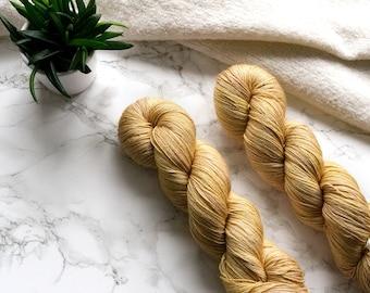 Hand dyed yarn, handgefärbte Wolle, hand dyed lace yarn, cashmere yarn, handdyed yarn, handmade gift, PREORDER - Gold