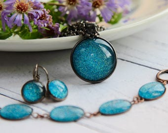 Blue Jewellery - Sparkly Jewellery - Jewellery Set - Blue Earrings - Blue Necklace - Statement Necklace - Handmade Jewellery