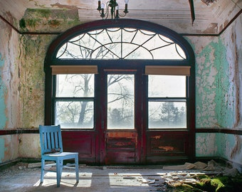 Blue Chair, Moss Room