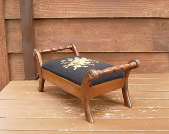 Needlepoint Foot Rest, Vintage Needlepoint and Wooden Foot Stool, Heirloom Needlepoint Guild