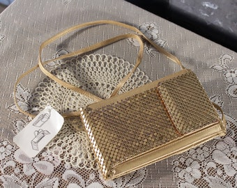 Gold Mesh Shoulder wallet Purse Clutch Eye glass case still has tags 80s 90s Disco Glam Design  Modern Vintage