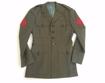 Vintage Mens Small Medium Button Up Marines Army Green Jacket Field Coat Combat Military Style Long Sleeve Overcoat