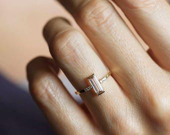 Morganite Ring, Simple Morganite Ring, Baguette Ring, Morganite Diamond Ring, Morganite Engagement Ring, Yellow Gold Engagement Ring