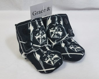 Darth Vader Stay On Baby Booties Newborn/0-3