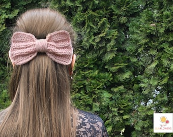 Pink bow hair clip//Pink Bow