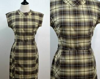 Plaid | Medium | Vintage 1960s Rona Cropped Sleeves Wiggle Dress 60s Mid Century
