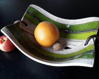 Pottery Fruit Bowl, Handmade Ceramic Bowl, Fruit Dish, Wheel Thrown Pottery Bowl, Fruit Plate, Wedding gift, Home Decor, Ceramic Fruit Bowl