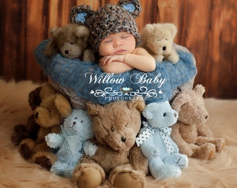 READY Baby Hat  - Baby Bear Hat  - Baby Boy Hat Made with Soft Chunky  Yarn 0 -12 months