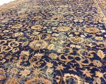 Vintage Oriental Rug 290 x 178 cm