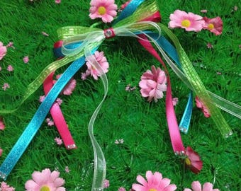 gymnastic party hairbows (as seen on hostess with the mostess)