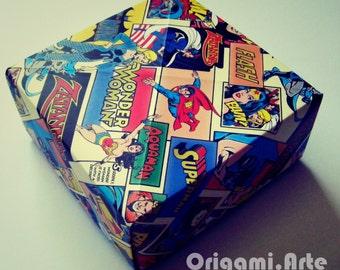 Caixa de papel dc comics
