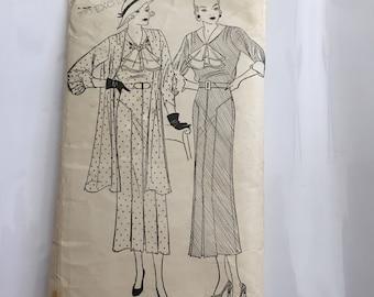 Vintage Pictorial Printed Pattern dress pattern 7179