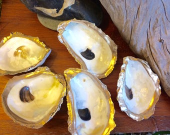 12 Gilded Oyster Shell Dishes with Painted Gold Rim and Clear Gloss Finish Nautical Decor Beach Theme Favor Cape Cod Table Accent Ocean