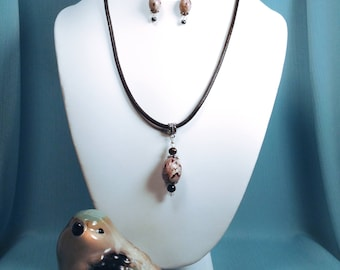 Yellowhammer Finch Bird Egg Necklace Set with 3mm black Leather Cord