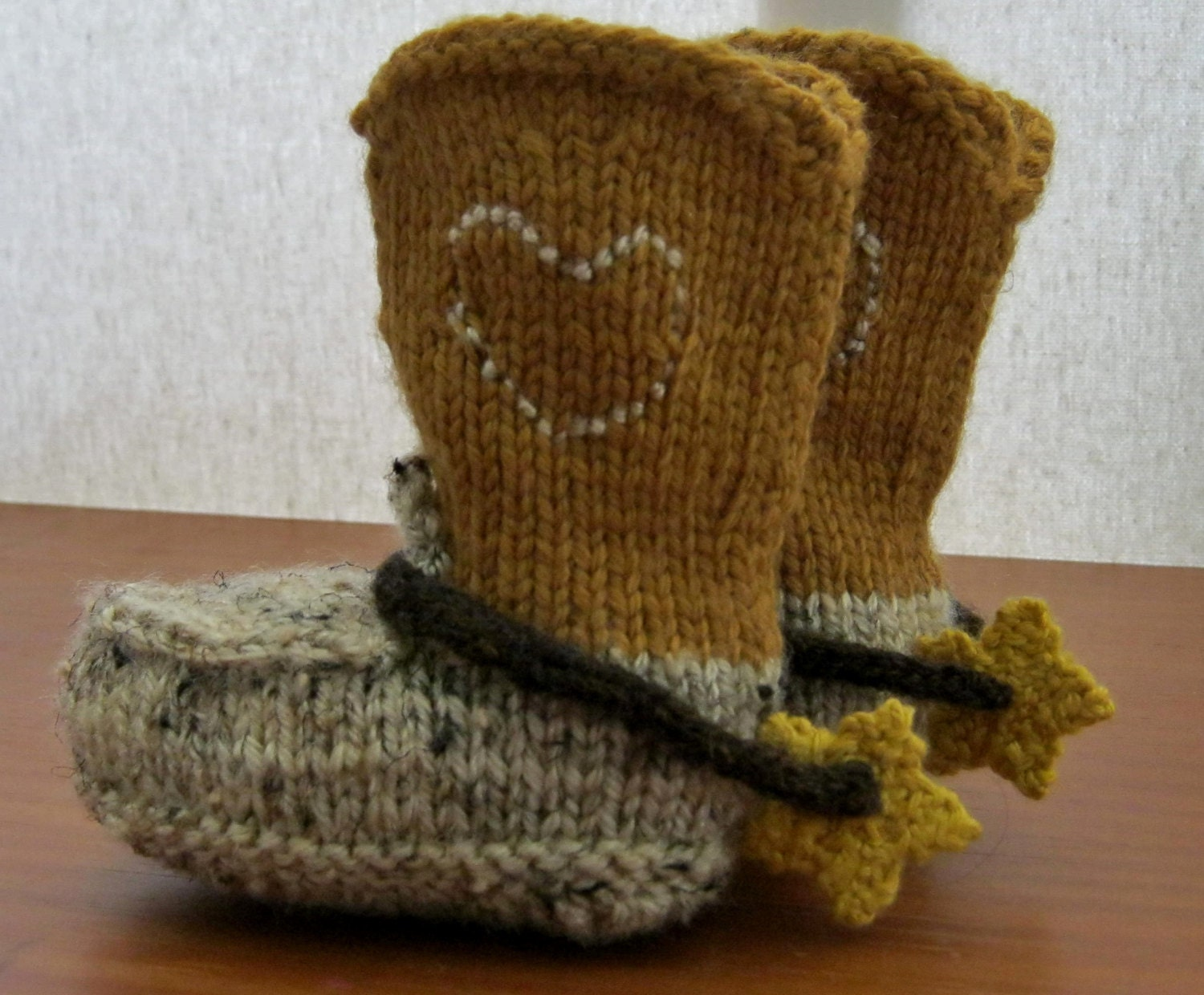 Pdf pattern for knitted cowboy boot booties and spurs3 months zoom bankloansurffo Images