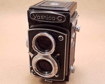 Yashica-C TLR 120 Camera - FREE SHIPPING