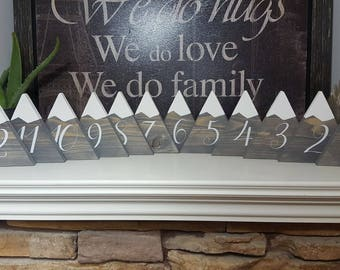 Mountain Wood Table numbers theme rustic country