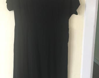 1950s Vintage LBD crepe Dress