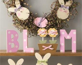 "18"" Easter bunnies & eggs pip berry wreath"