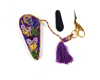 """Gingher 220490 Gold-Handled Stork Embroidery Scissors 3-1/2"""" Italy with beautiful holder"""